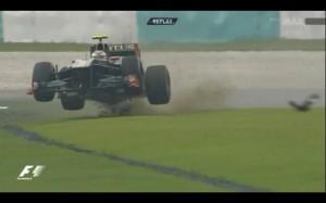Vitaly Petrov crash Malaysia 2011