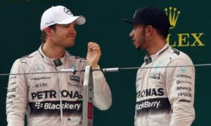 Hamilton not coming down to my level, complains Rosberg