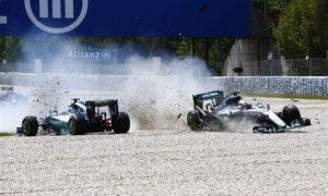 Rosberg meant to press rear gun button