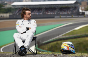 Fernando Alonso bored